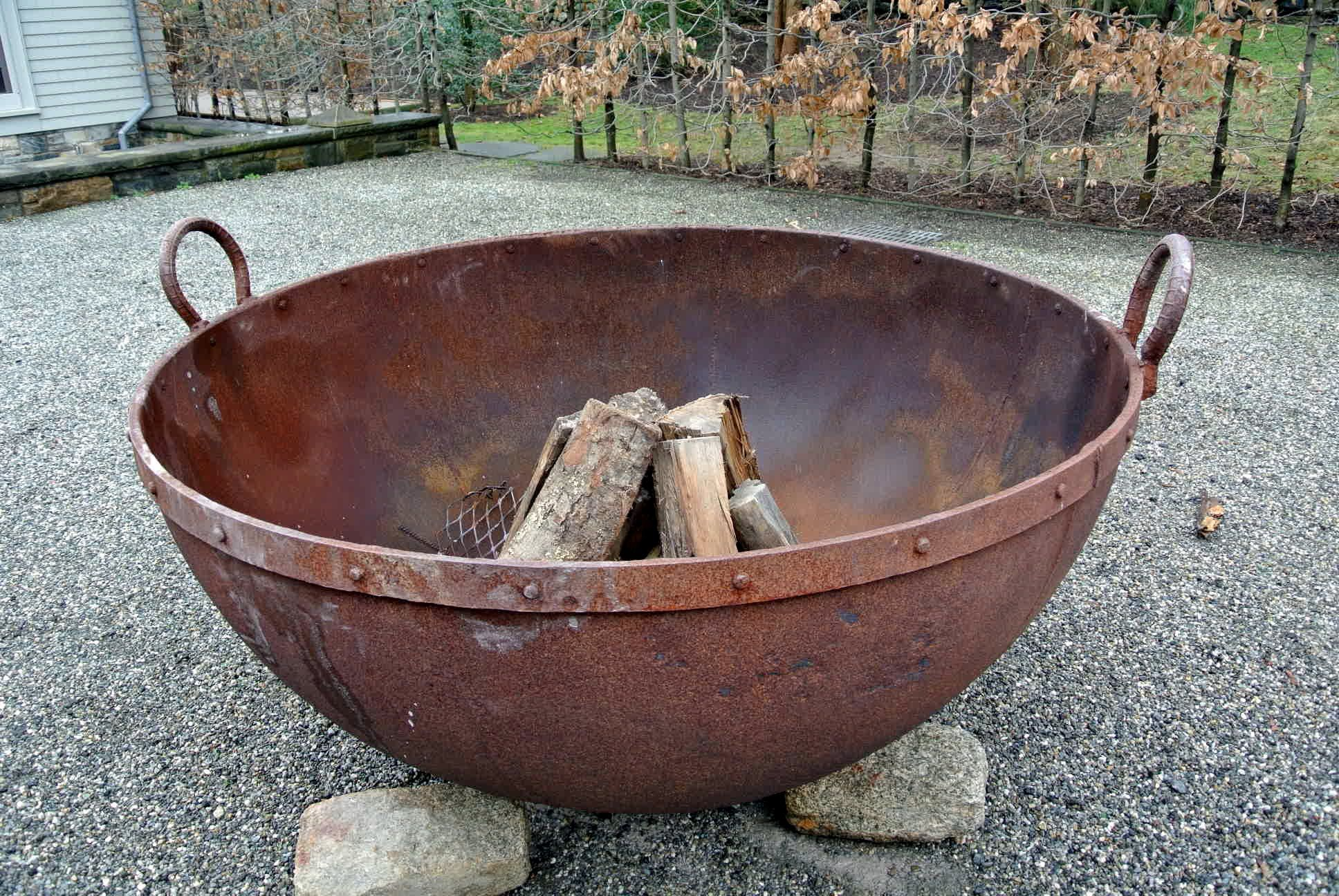 My Giant Sugar Pot Fire Pits Outdoor Fire Pit Designs Outdoor