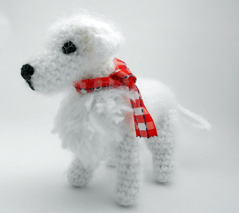 2000 Free Amigurumi Patterns: Little white dog (Spanish) | dalmis ...