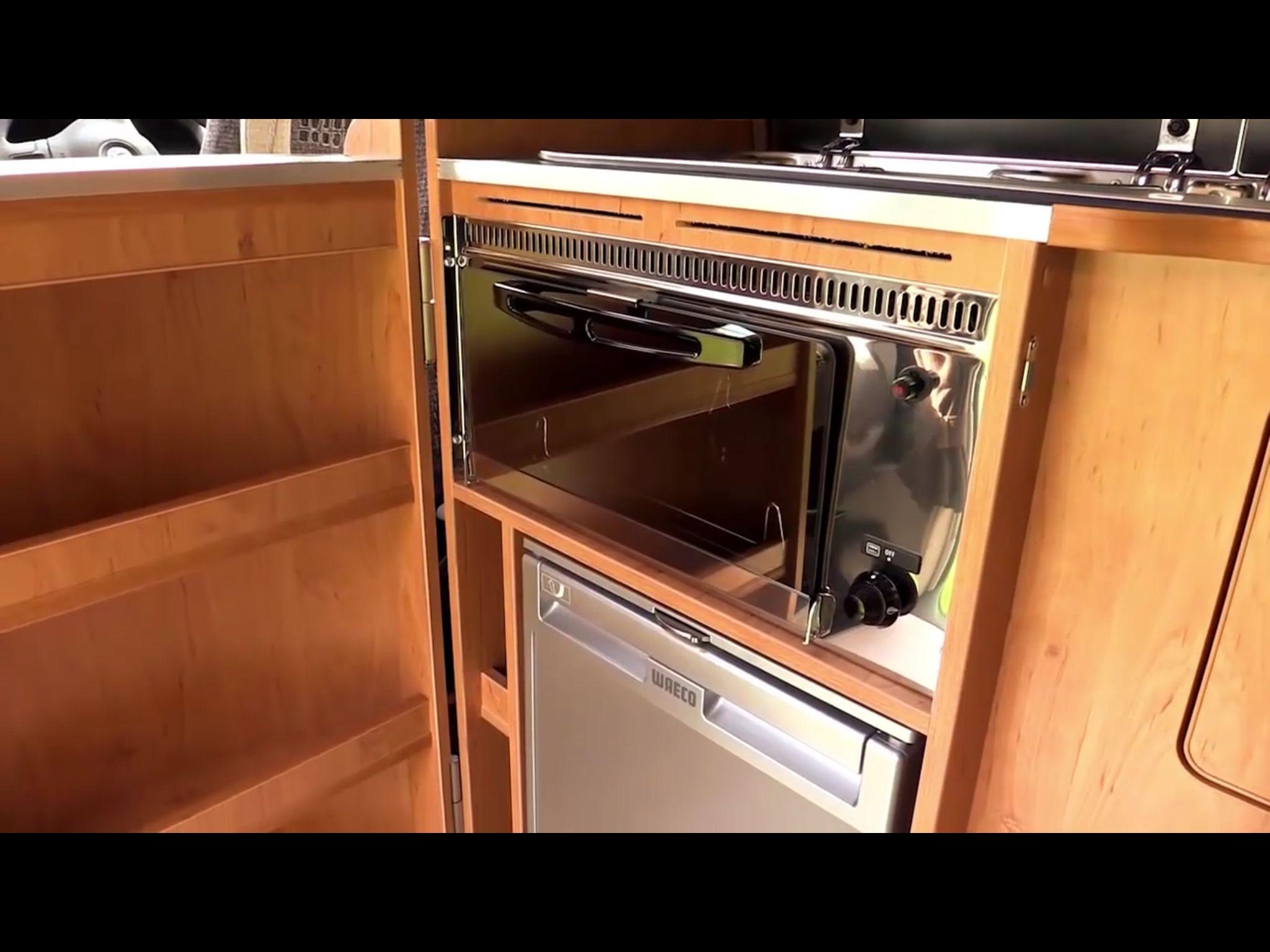 Kast Voor Magnetron : Ideale kast voor de koelkast en oven magnetron camper koelkast