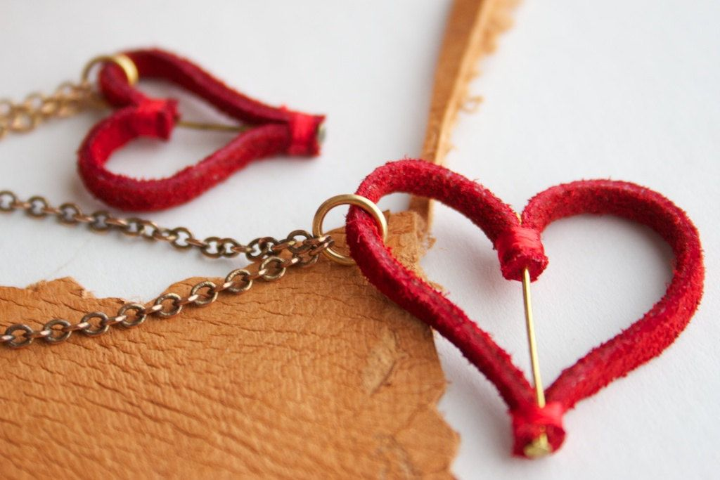 Corazón de Bronce - Red suede heart on brass chain pendant. $25.00, via Etsy.