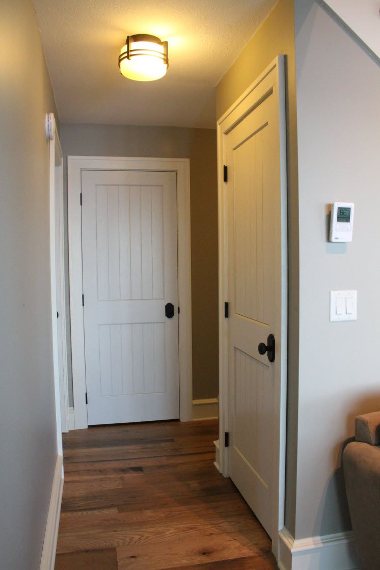Interior Doors Sleek Cottage Style With White Molded Plank Doors Bayer Built Woodworks Farmhouse Interior Doors Doors Interior Cottage Style Interiors