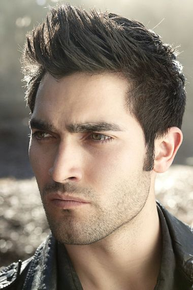 Tyler Hoechlin- probably the hottest guy I've ever seen... I think he was in 7th heaven.. no wonder the ladies fell over him.. hot. dog. :)