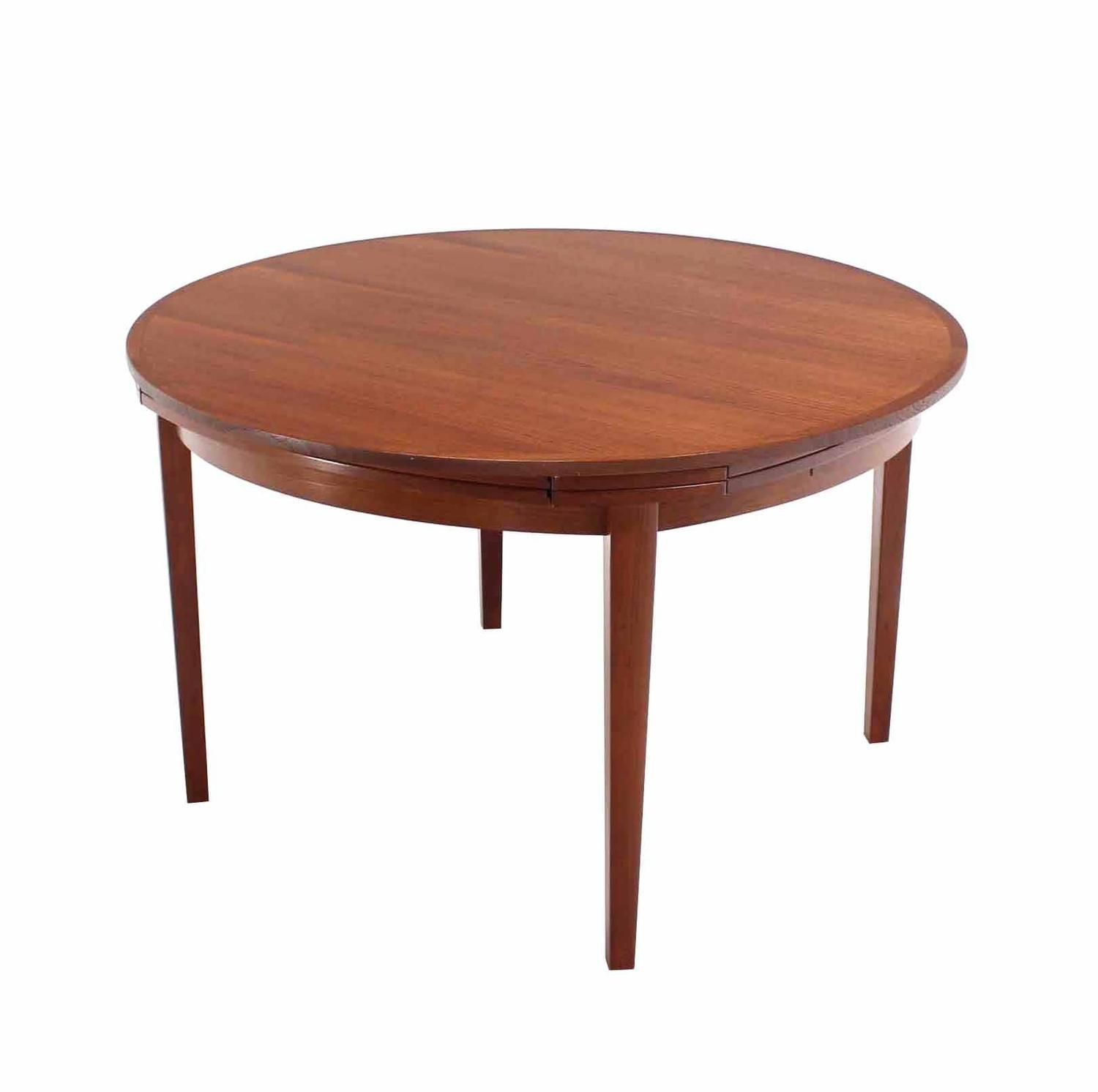 Rare Danish Modern Teak Round Expandable Top Dining Table Tisch
