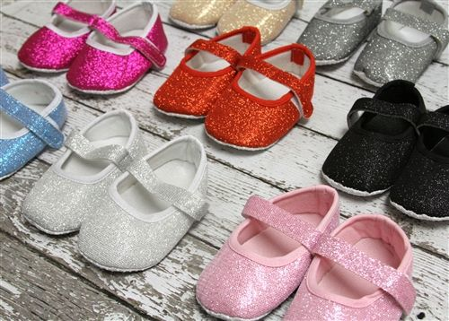 Baby Crib Shoes = Hot Pink for our hot stepper | ~ O. Li Li Kate ...