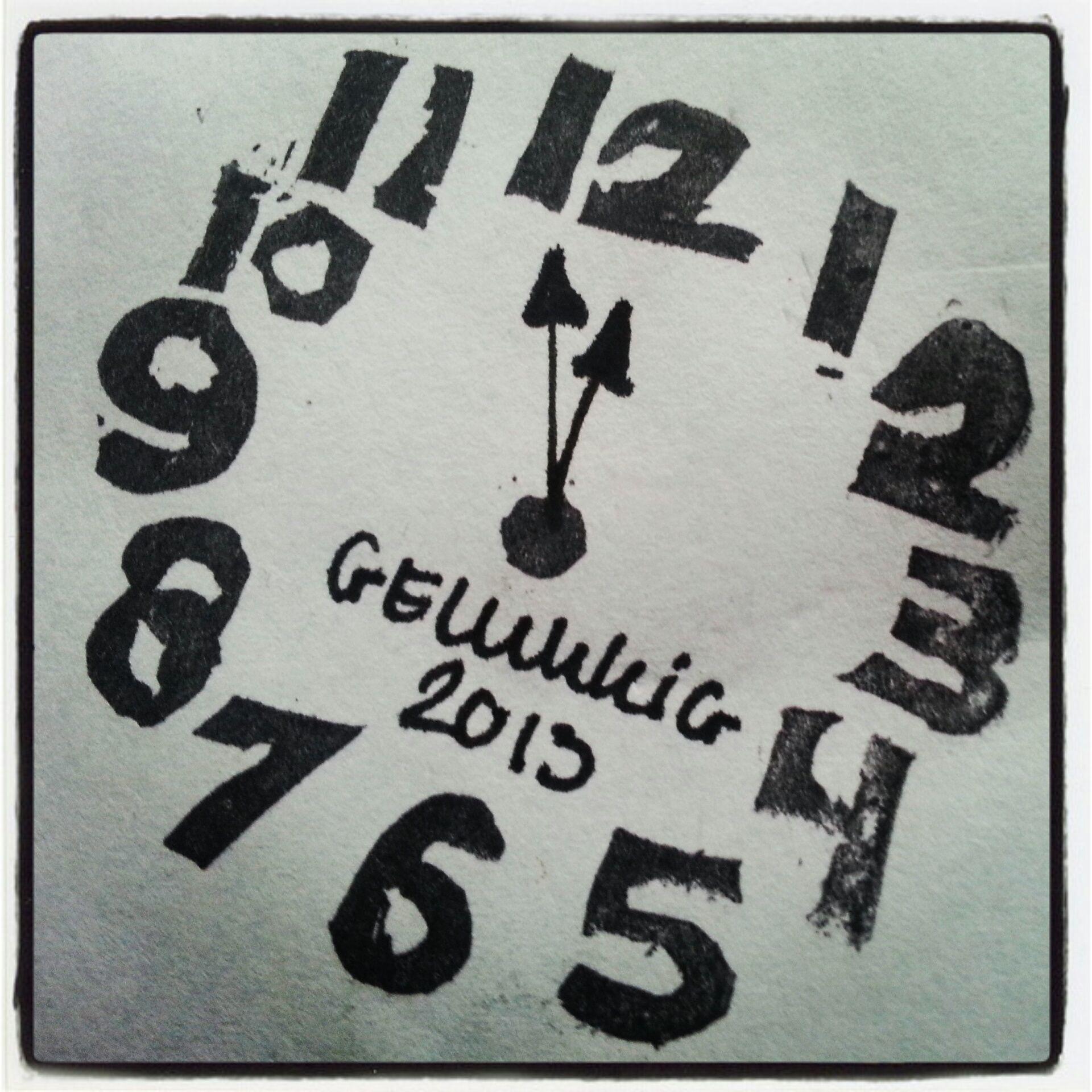 ~Leuke stempel-inspiratie van Paddy: een klok om het oudjaar mee aan te geven~
