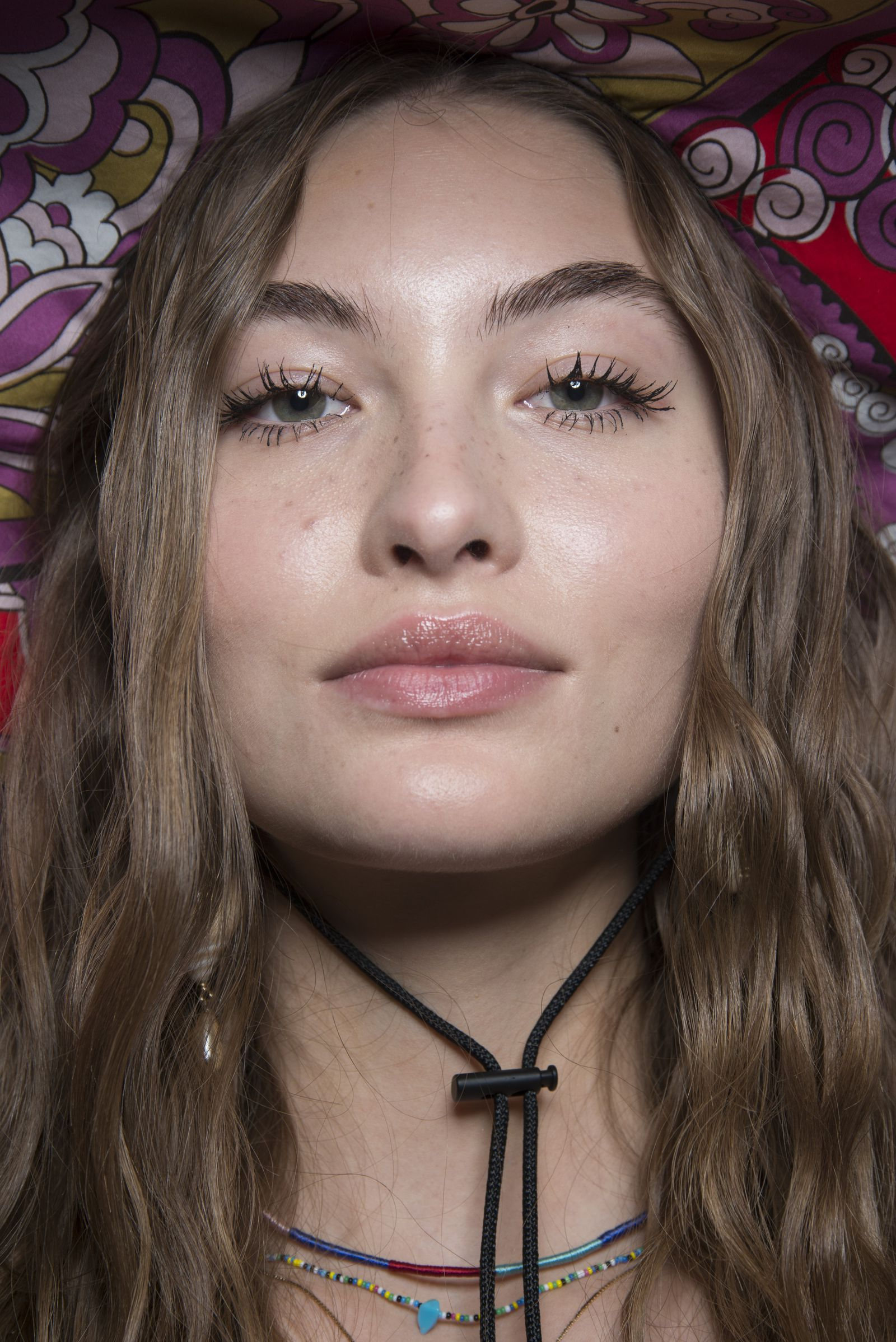 The Spring 2019 Makeup Looks You're About To See All Over