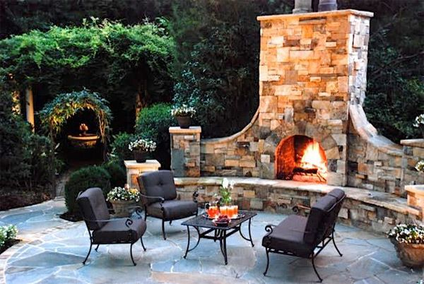 Great Woodburning Outdoor Fireplace With Gas Starter