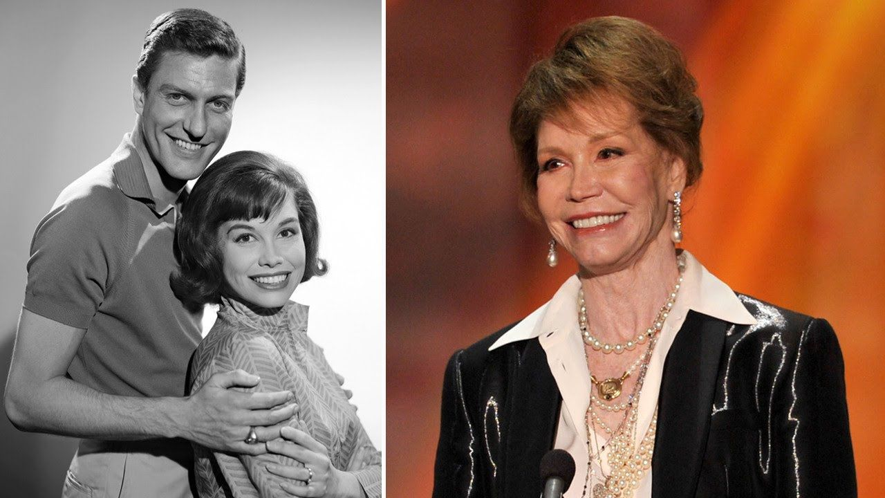 Beloved Actress Mary Tyler Moore Has Died at Age 80