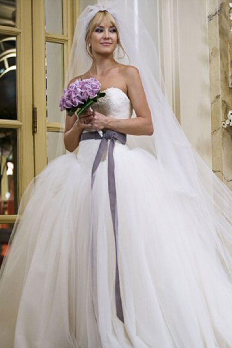In Photos 32 Iconic Movie Wedding Gowns Bride Wars Dress Vera
