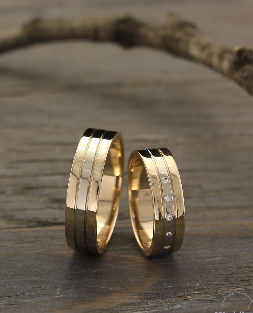 Exclusive Minimalist Unisex Wedding Ring Made In 14k Yellow Etsy Classic Wedding Rings Mens Wedding Rings Minimalist Wedding Rings