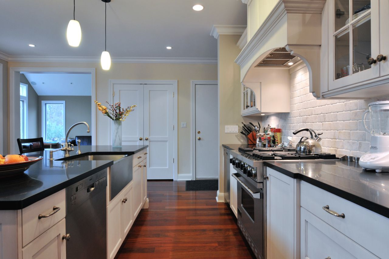 Long Island Kitchen Reovations Ebony and Ivory | Showcase Kitchens ...