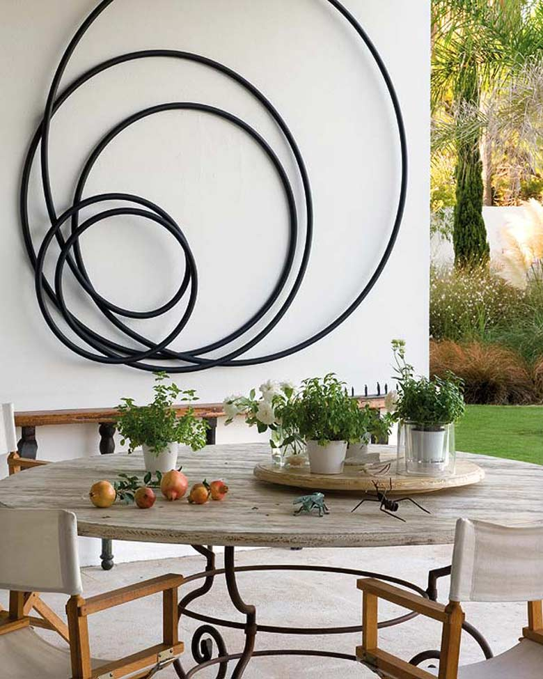 Wall Art Ideas to Help you Deal with Bare Walls Di