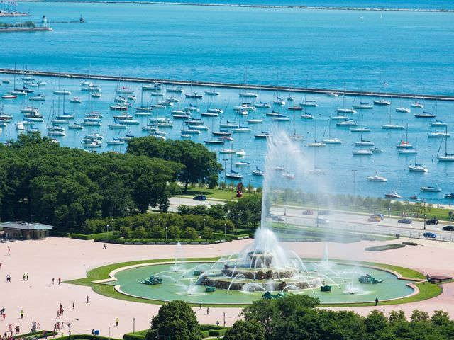 Photo Tour Beautiful Illinois Buckingham Fountain Chicago Hotels Chicago Photos