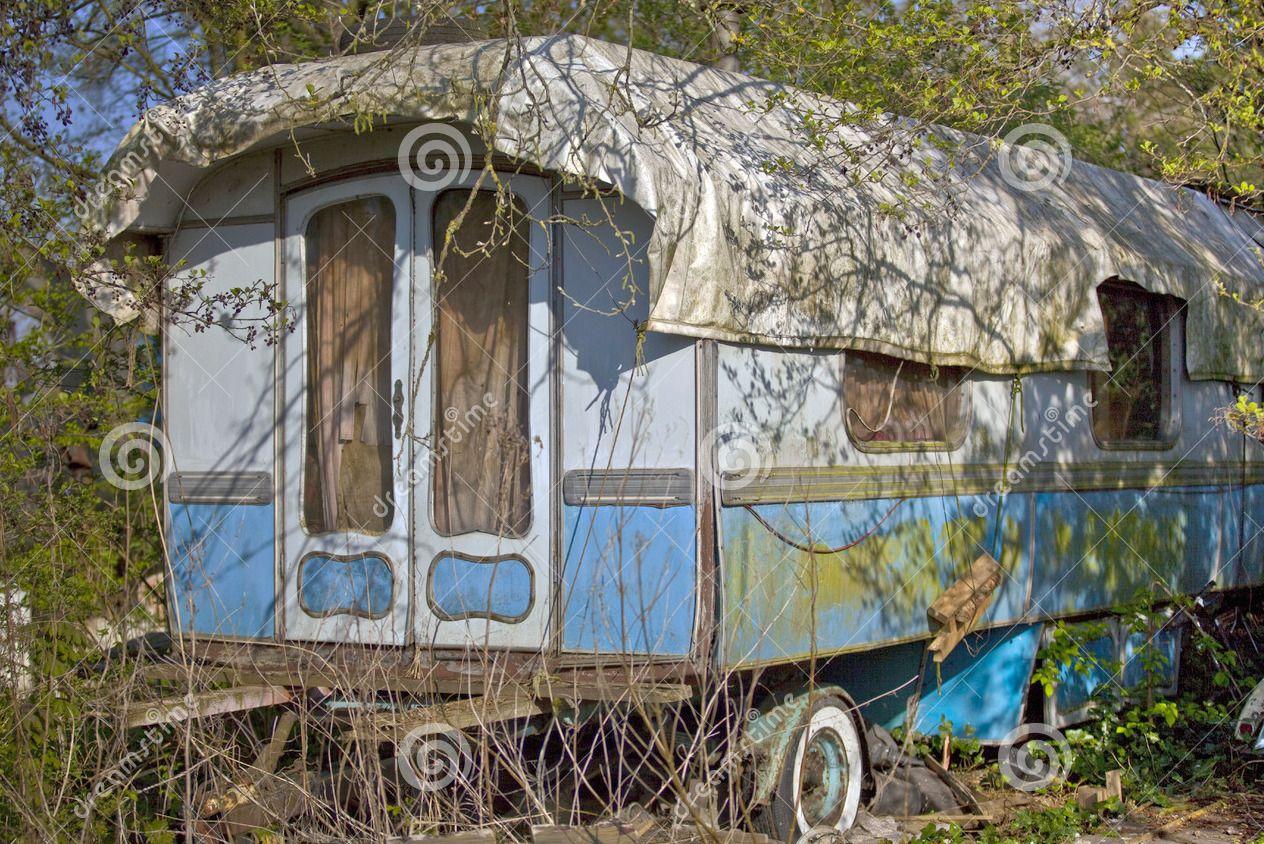 vieille caravane de cirque old circus vintage pictures circus