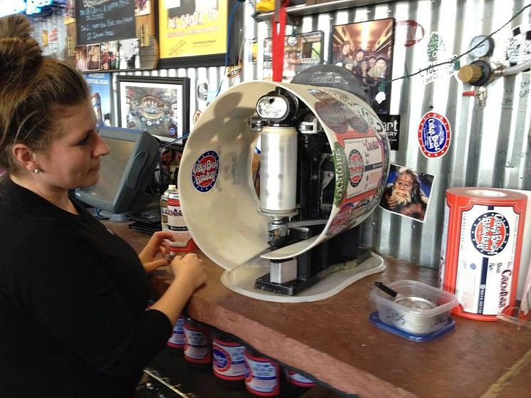 The table-top Crowler machine at the Tasty Weasel. | Oskar ...