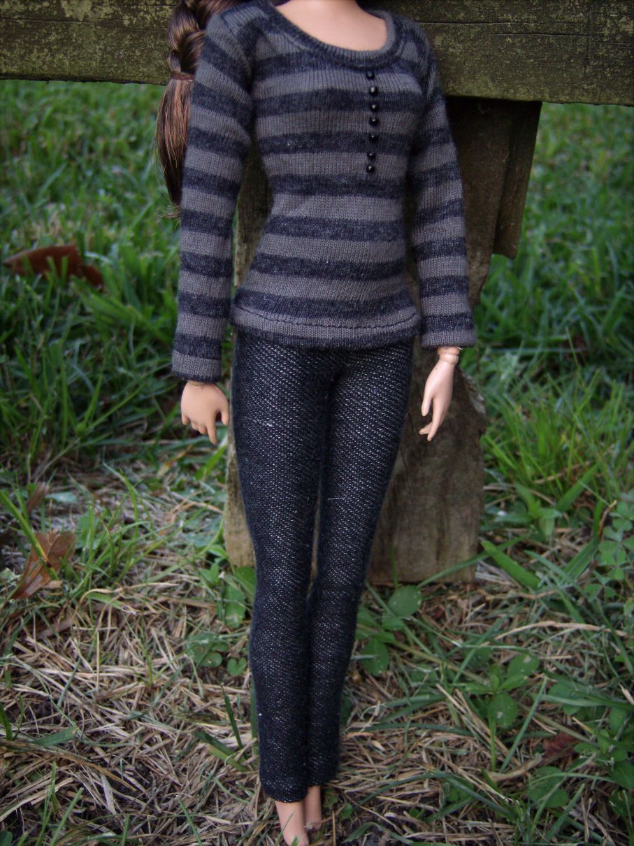 Reserved Sherryehrich Bella Swan Twilight Stripe Tee Jeans Scarf Outfit Barbie | eBay