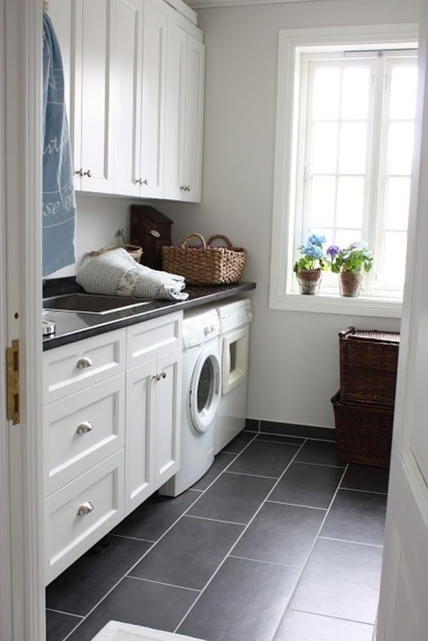 10 Black And White Laundry Room Design Ideas Laundry Room Flooring Laundry Room Tile White Laundry Rooms