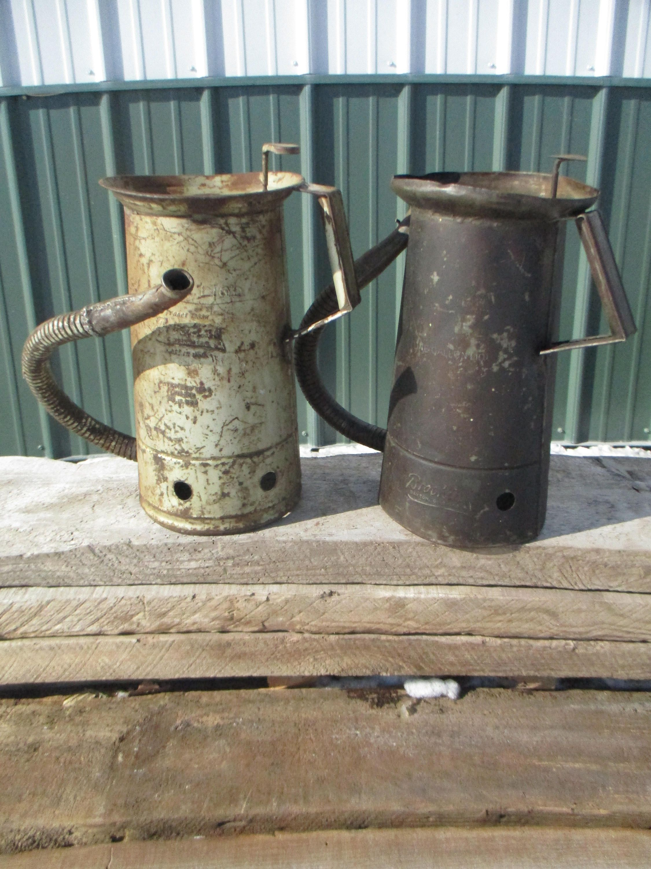 2 Brookins Oil Cans Flexible Spout Gas Station, Vintage Oil