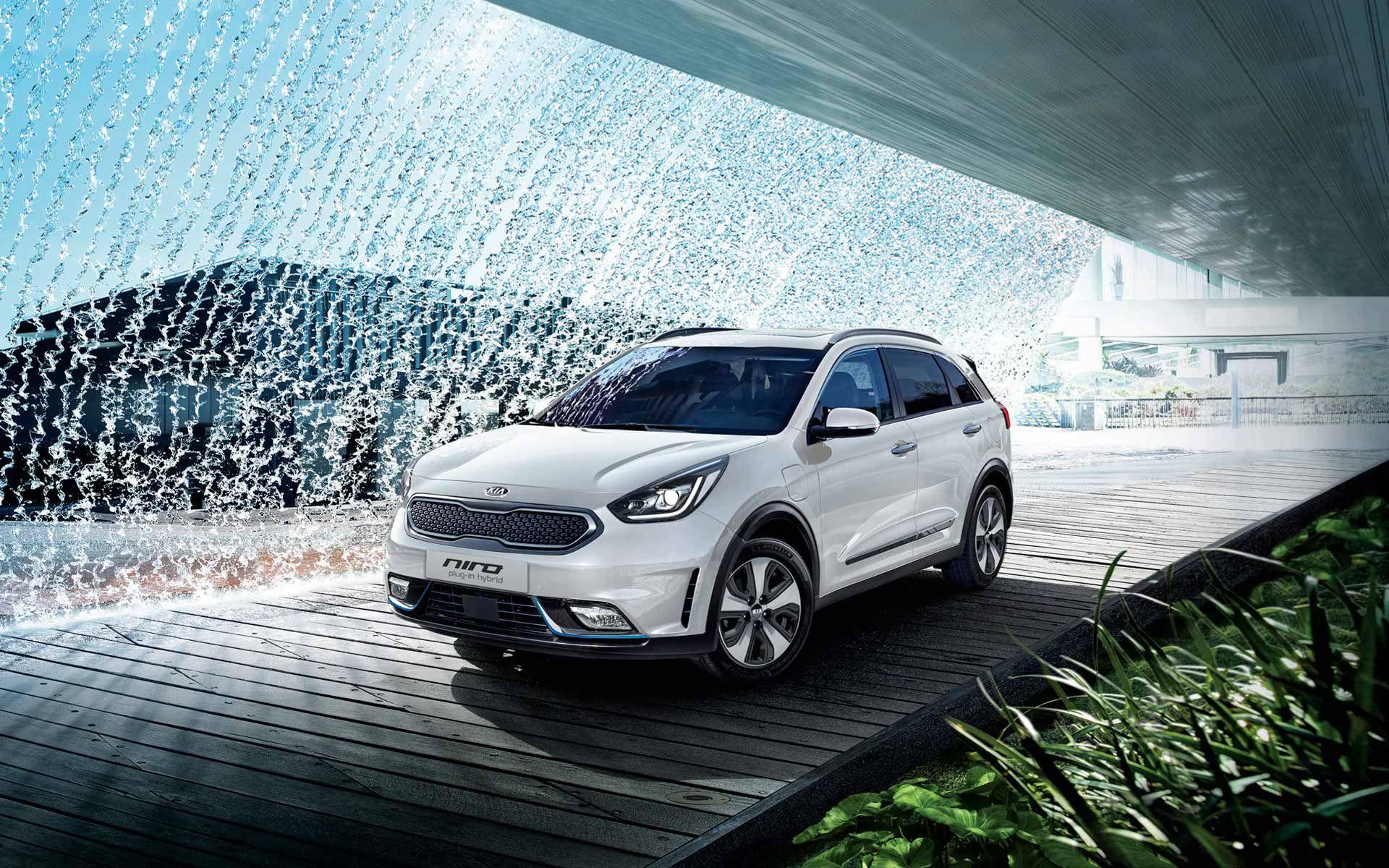 Kia Niro Plug In Hybrid Electric Car Hybrid Car Car Hybrid Crossover