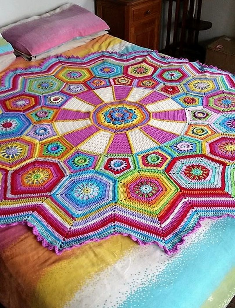 Enhance Your Bed Look With Crocheted Blankets Crochet Throw