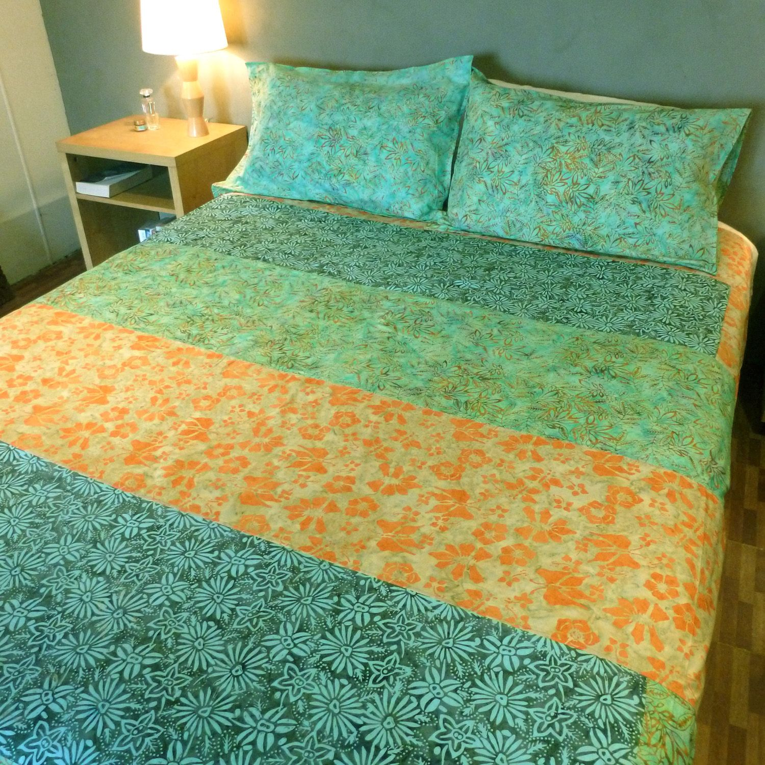 Queen size custom duvet cover set made from 100 handdyed