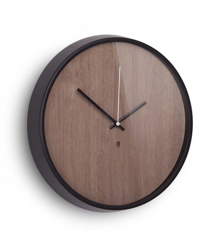 horloge murale design en bois madera umbra