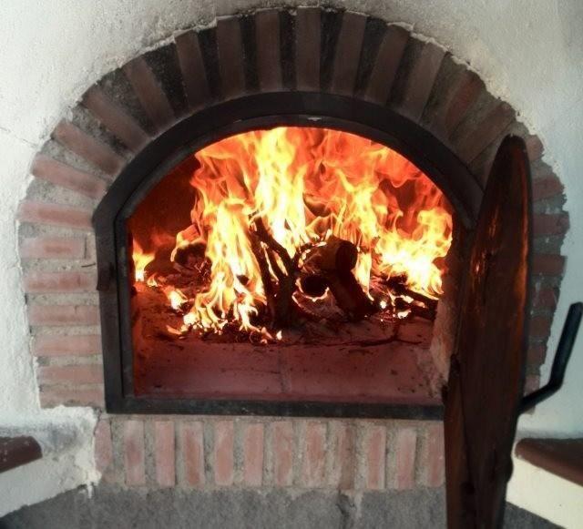 Secretos para dominar un horno de le a recetas horno - Cocinar en horno de lena ...