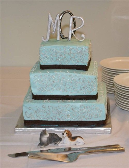 3 Tiered Monogram Wedding Cake Southern Gold Leaf Cakes Durham Nc