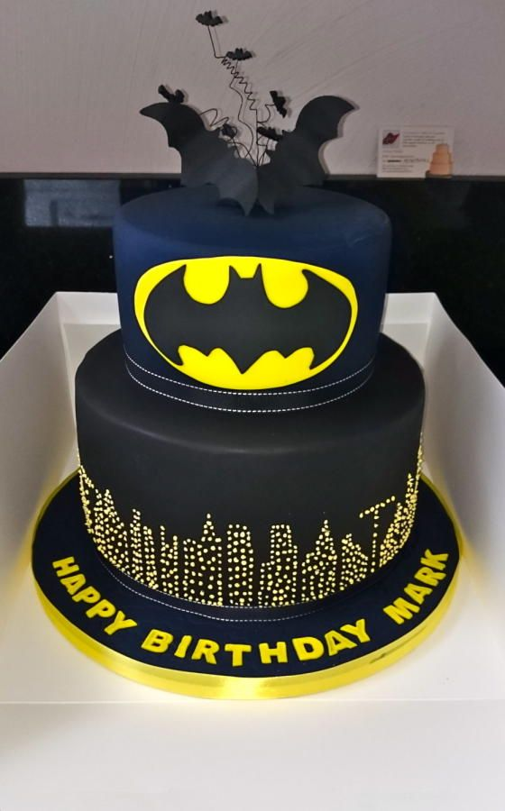 Batman By Iria Jordan Cakes Amp Cake Decorating Daily