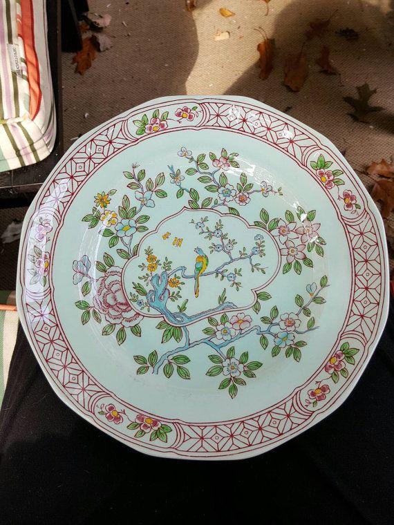 Calyx ware plate Singapore Bird Wedgewood china