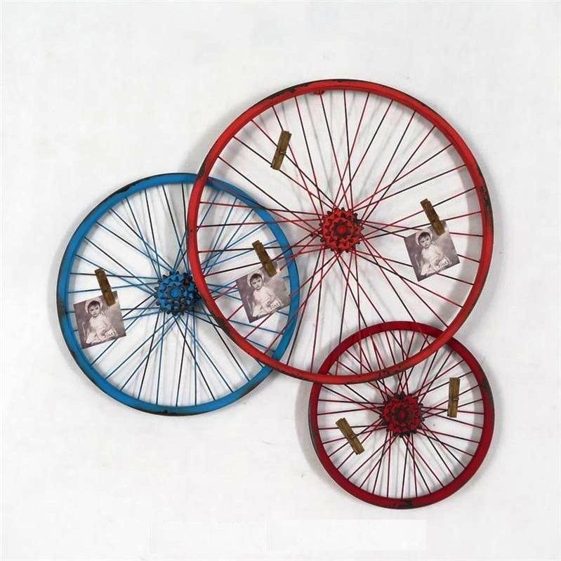 Triple Metal Bike Wheel Sculpture Wall Décor (With images) | Bicycle decor, Bike art, Bicycle art