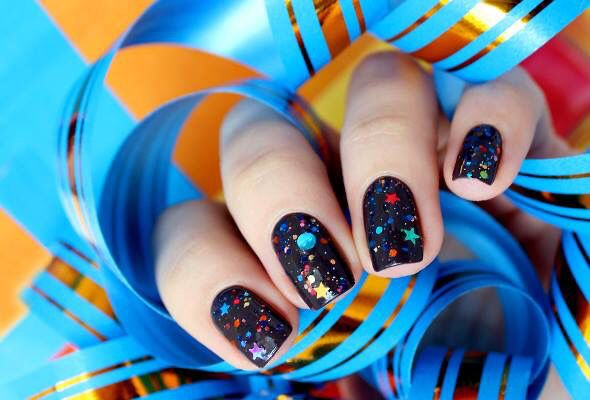 Starrily - create your own nail polish