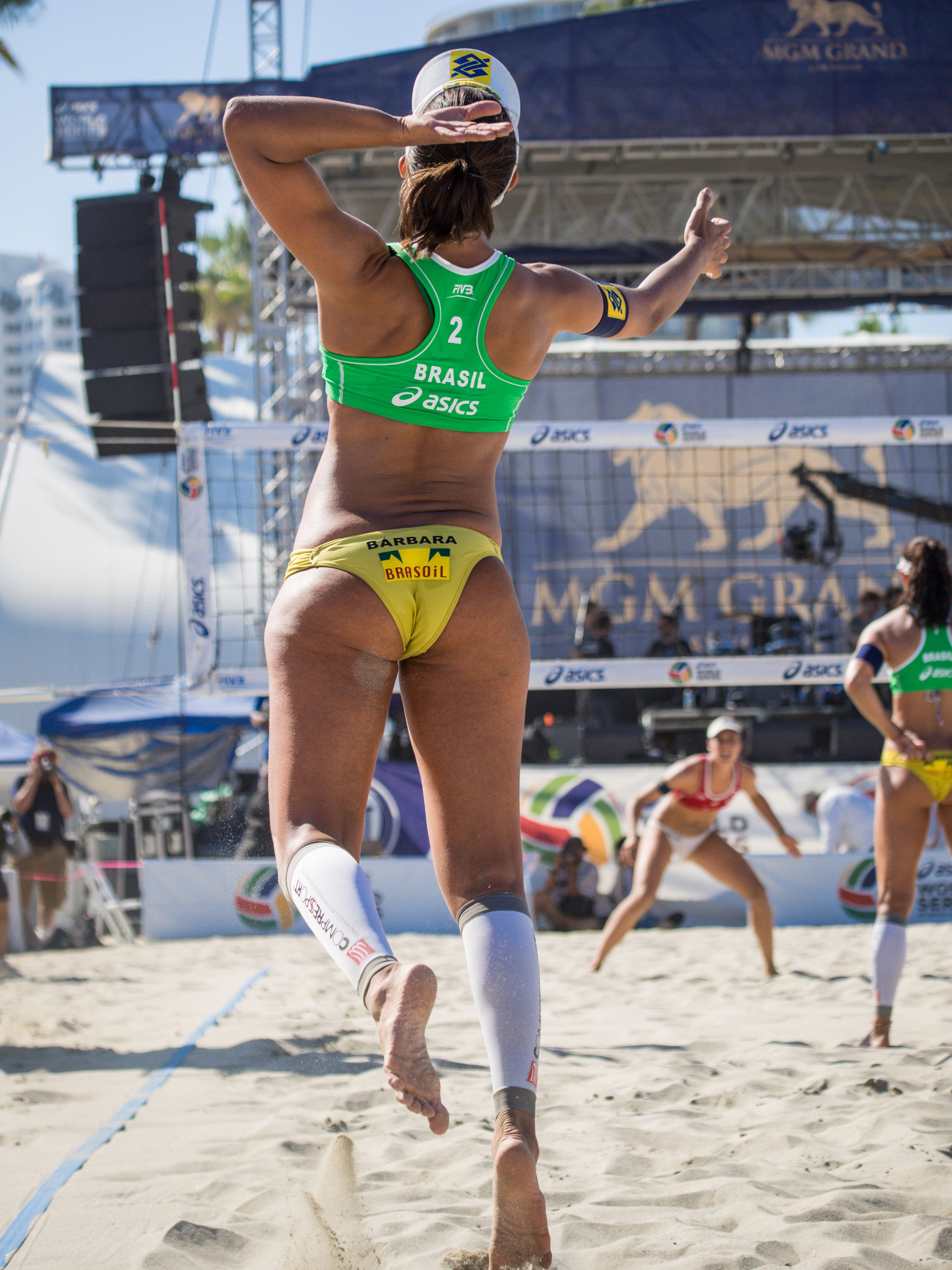 Pin De Steven Jones En Beach Volleyball En 2020 Voleibol Playero Deportes Voleibol