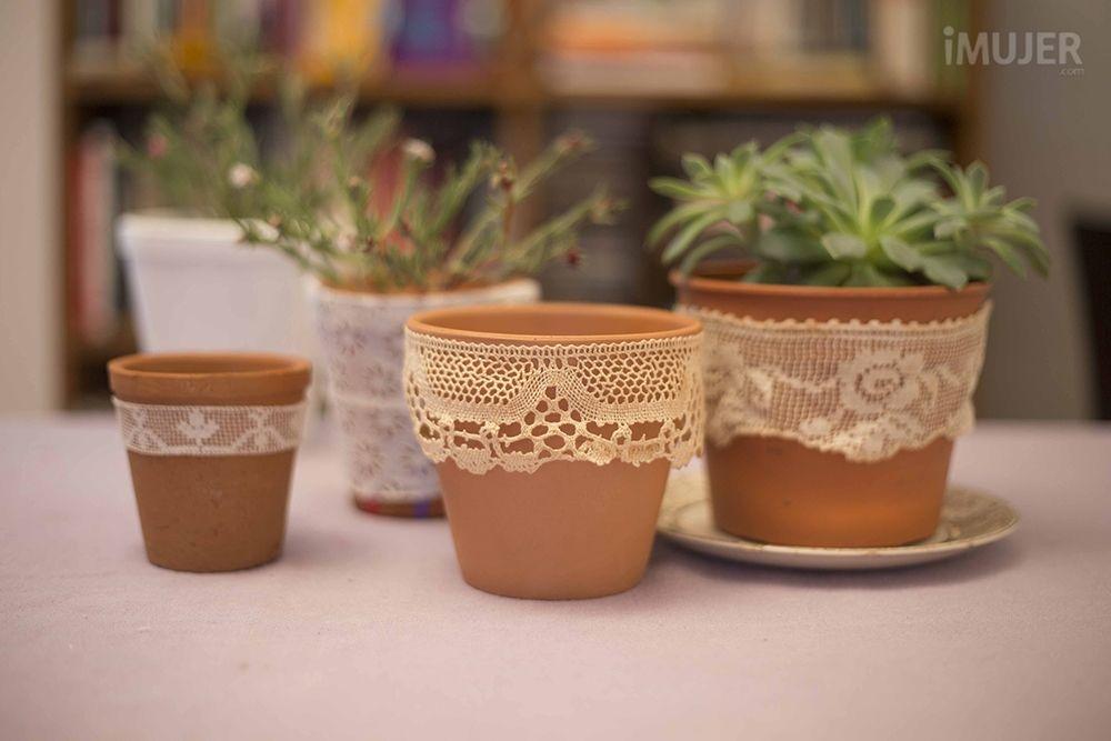 macetas decoradas con puntilla | lace vase and craft