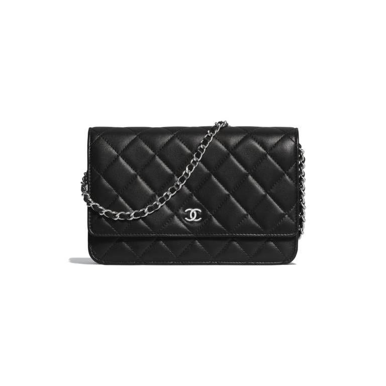 632e25661348ac Battle of the WOCs: Chanel vs. Hermès - PurseBop | I want in 2019 ...