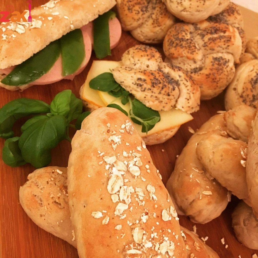 خبز الصمون خبز خفيف وصحي زاكي Arabic Food Food Bread