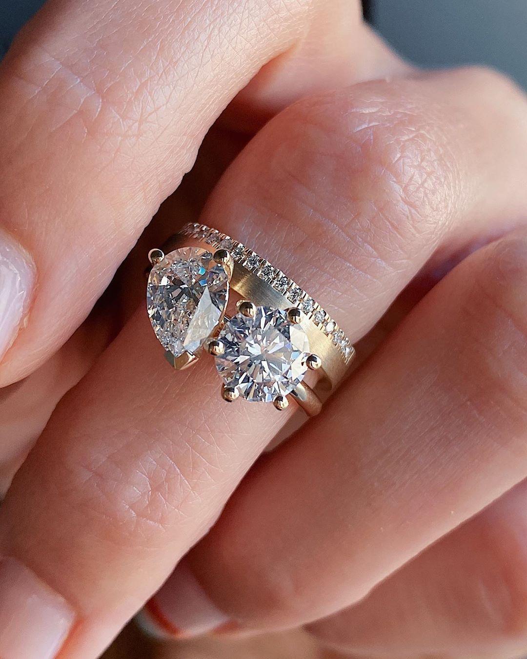 """Et Moi Et Moi Et Moi : Marrow, Jillian, Sassone, Instagram:, """"OBSESSED!!!, 😱😱, Custom, """"Toi, Moi"""", Rin…, Unique, Diamond, Engagement, Rings,, Costume, Jewelry, Rings"""