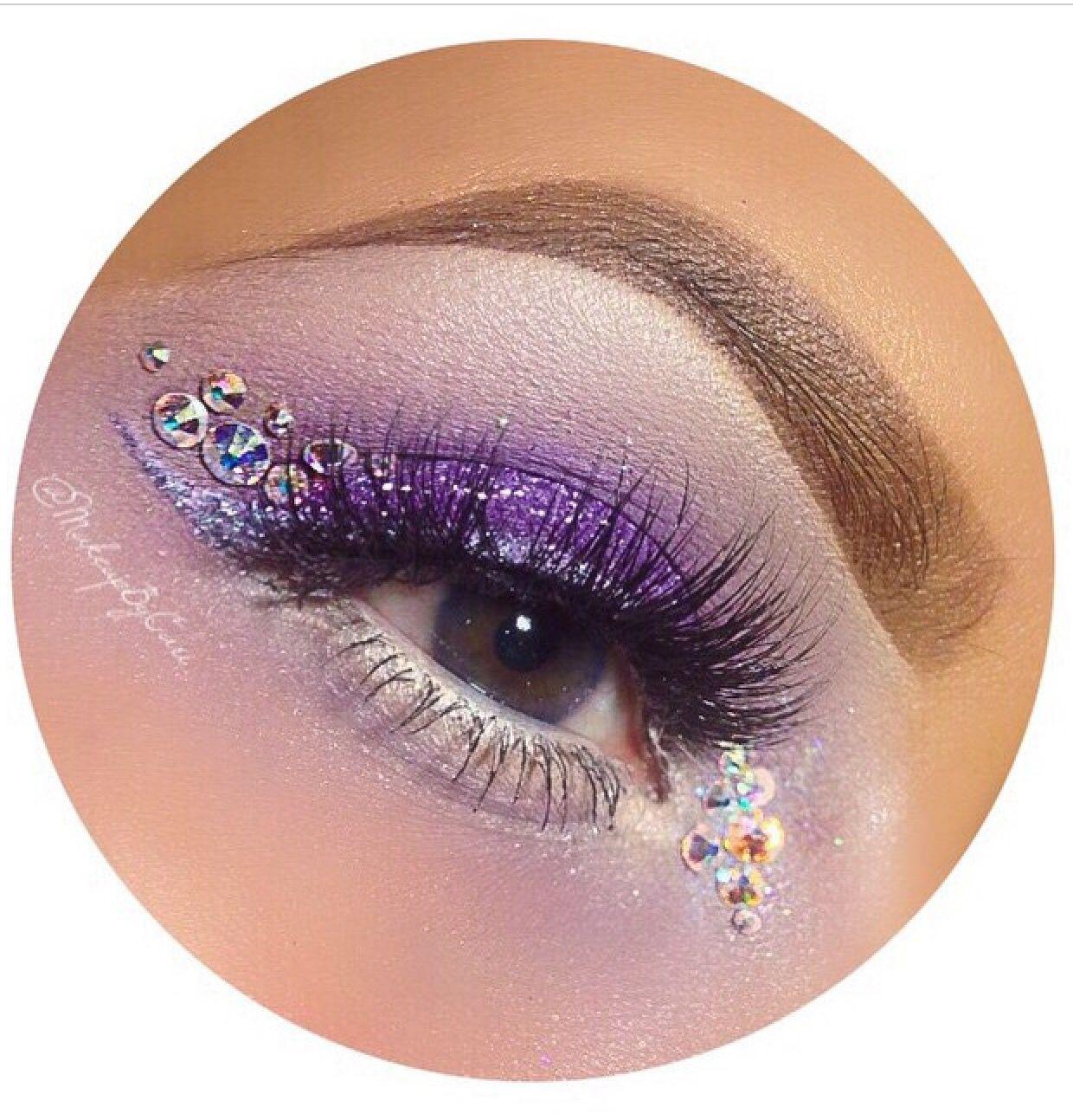 Amazing makeup Best makeup products, Fashion makeup, Makeup