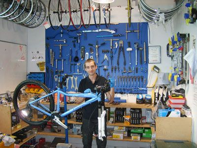 bicycle tuning workshop google search basement bike. Black Bedroom Furniture Sets. Home Design Ideas