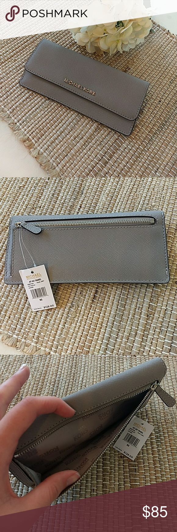 e22cdfca428920 MK Jet Set Flat Wallet Brand new with tags attached. *Back pocket for  change *8 credit card slots *Color: Pearl Grey *Saffiano Leather and silver  hardware ...