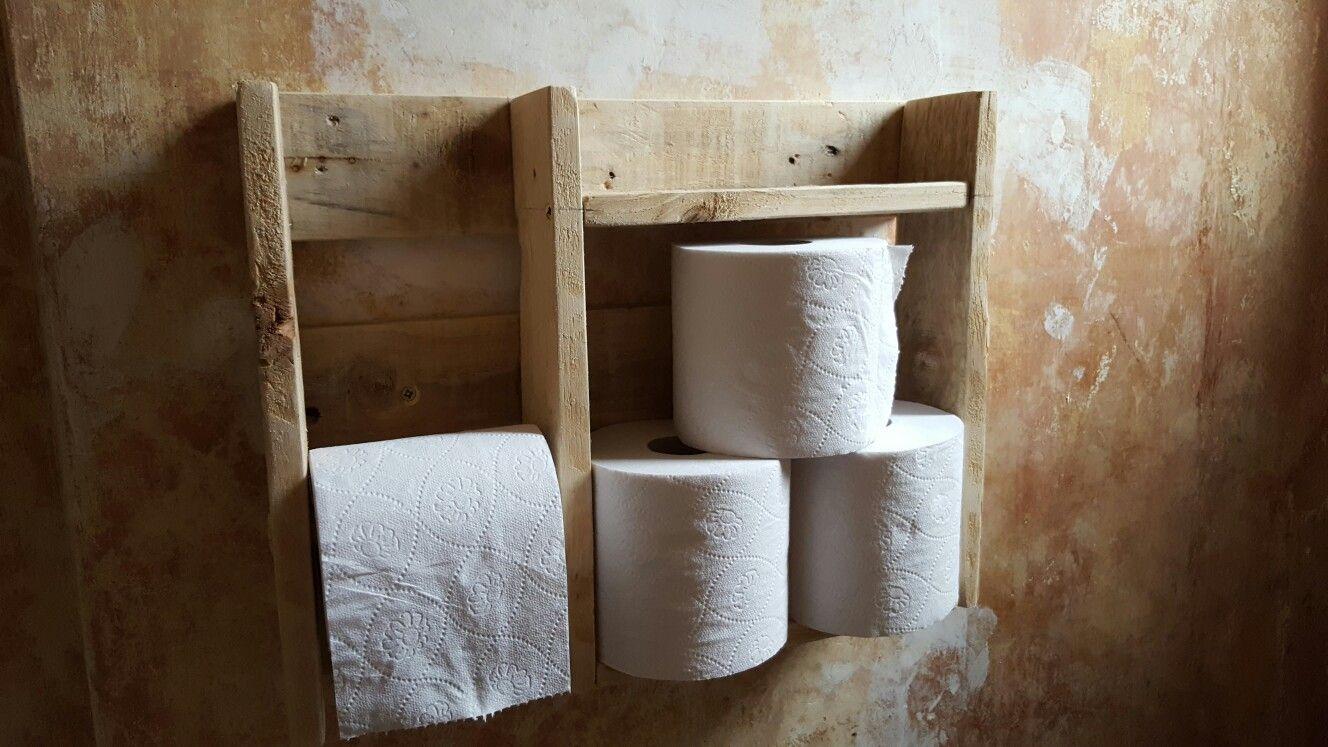 Pallet wood Toilet roll holder