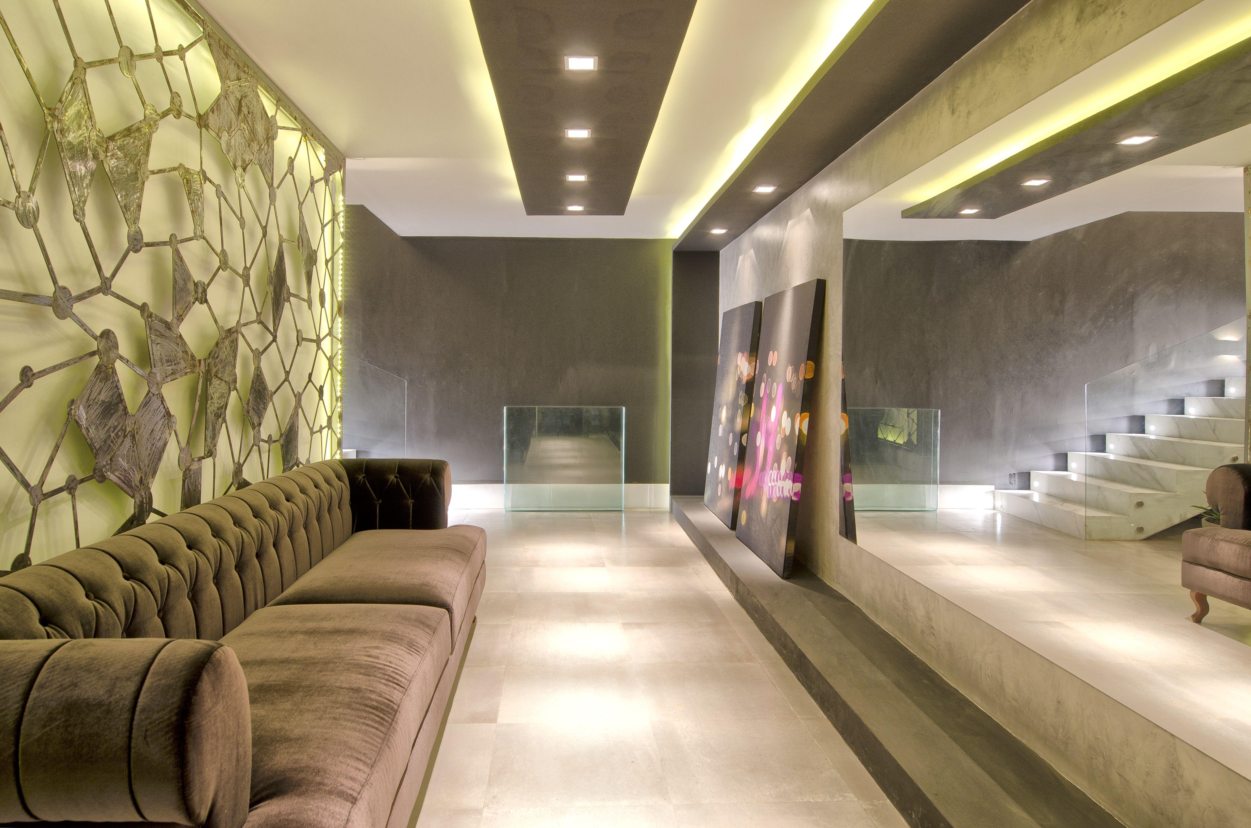 Resultado de imagem para hall de entrada casa iluminaç u00e3o LUMINOTÉCNICA Interiores  -> Decoração De Hall Com Escada