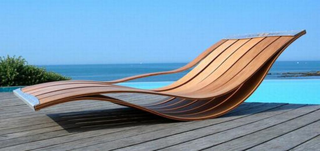 minimalist design patio deck chair side view by Pooz Object - designer mobel liegestuhl curt bernhard