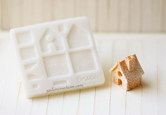 Dollhouse Miniature Christmas Gingerbread House Push Mold by miniaturepatisserie on Etsy https://www.etsy.com/listing/225382037/dollhouse-miniature-christmas