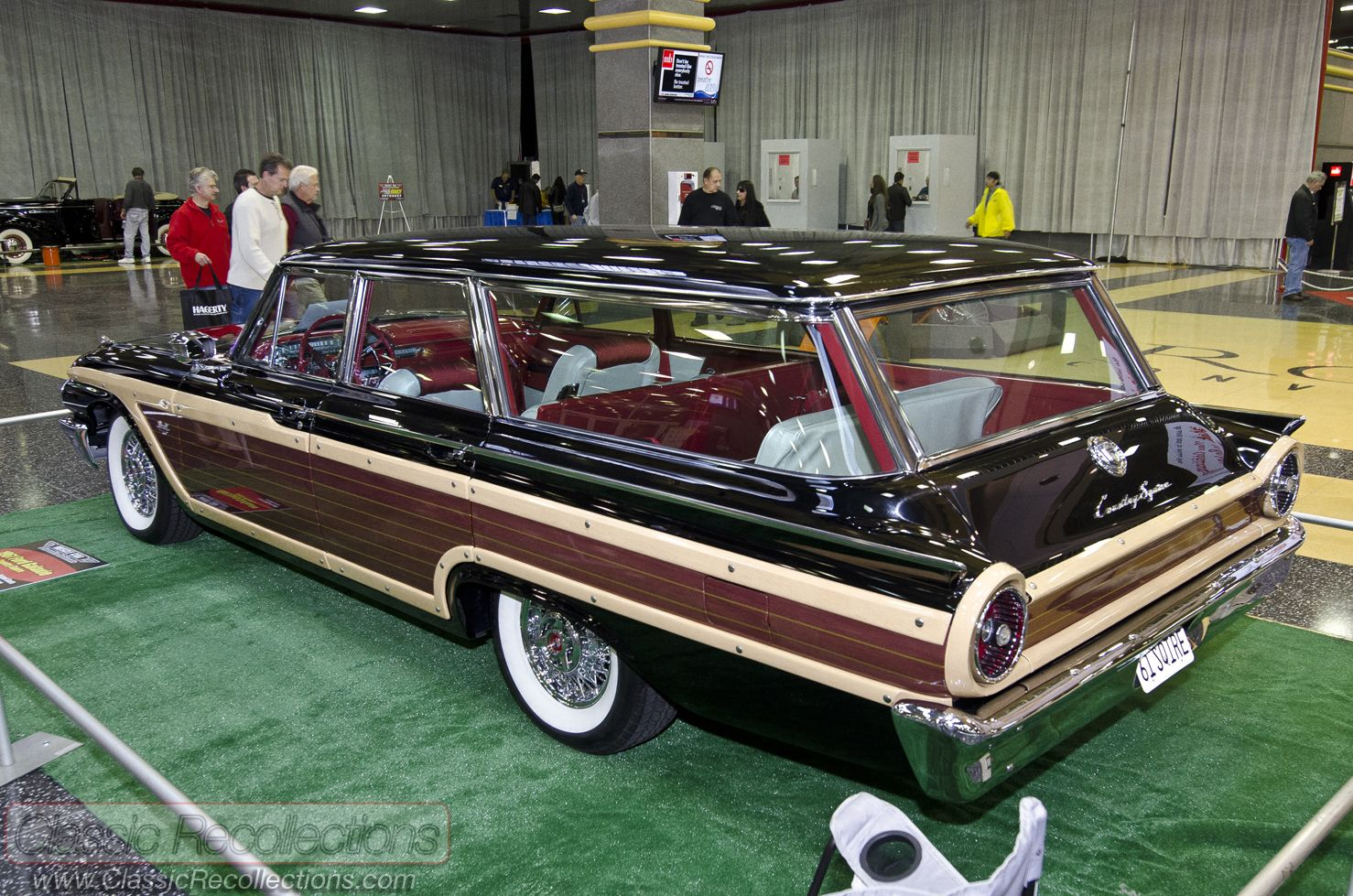 949037b9d8238a55ba20d4b735e87f7b 1972 ford country squire station wagon submitted by that hartford 1969 Ford Country Squire at nearapp.co