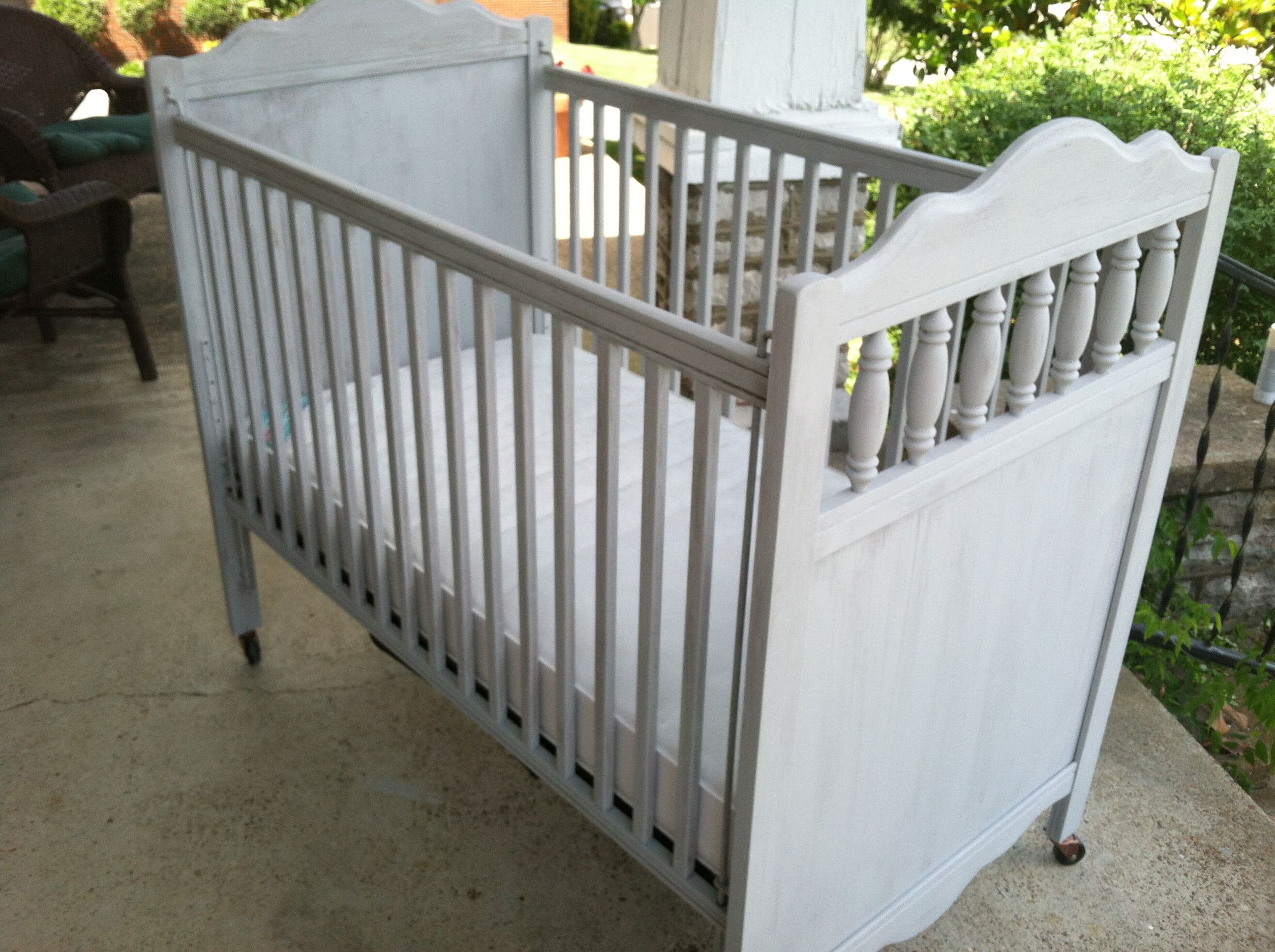 Iron crib for sale craigslist - Here S The Actual Crib For Surprise Baby S Nursery Crib Craigslist Find