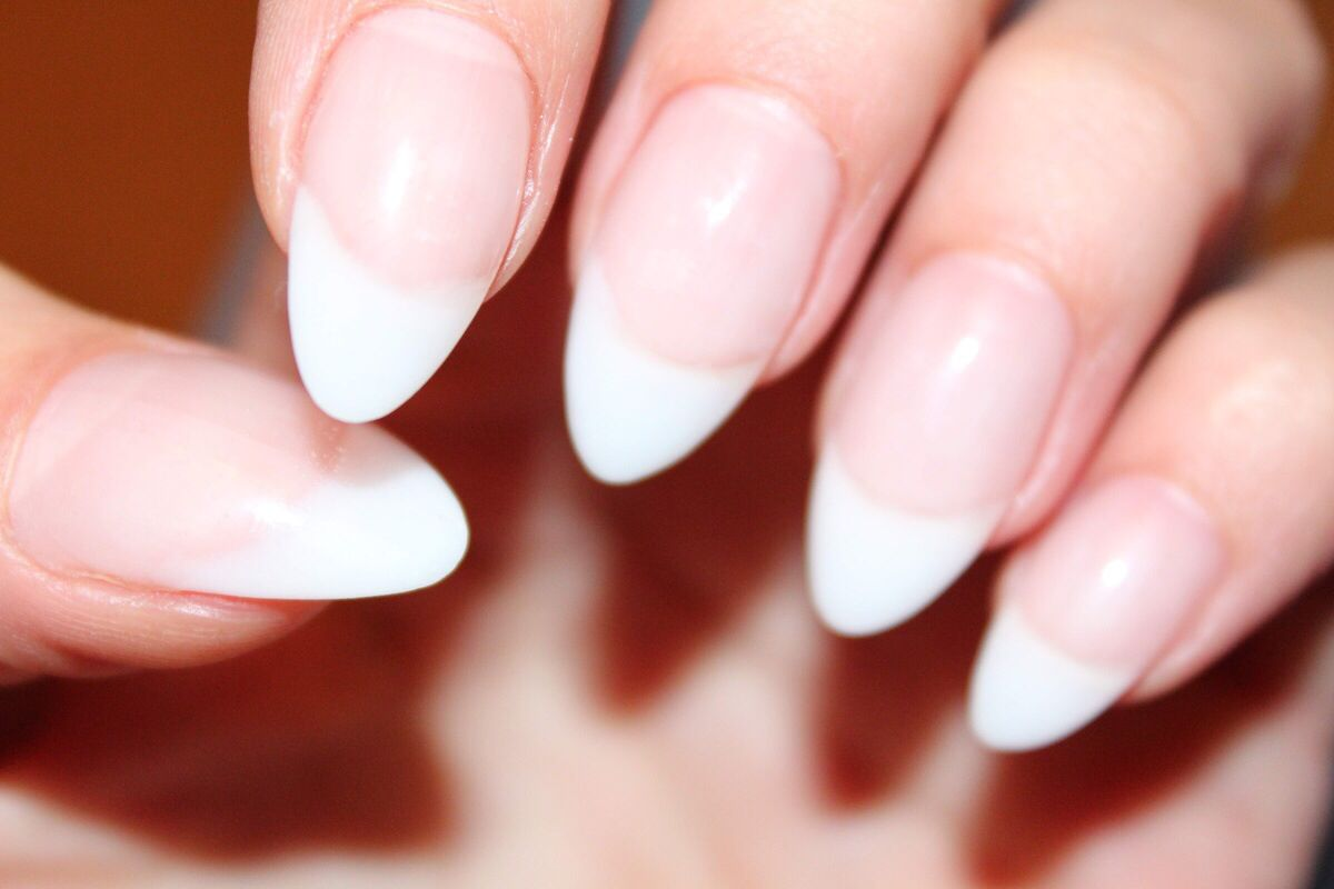 french tip almond shaped nails