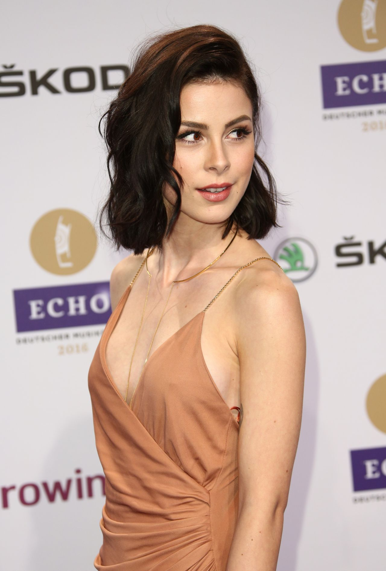 Sideboobs Lena Meyer Landrut nude (32 foto and video), Pussy, Paparazzi, Boobs, legs 2006