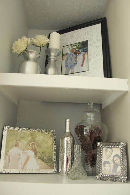 shelf decor, light colors and clean Home Pinterest Light