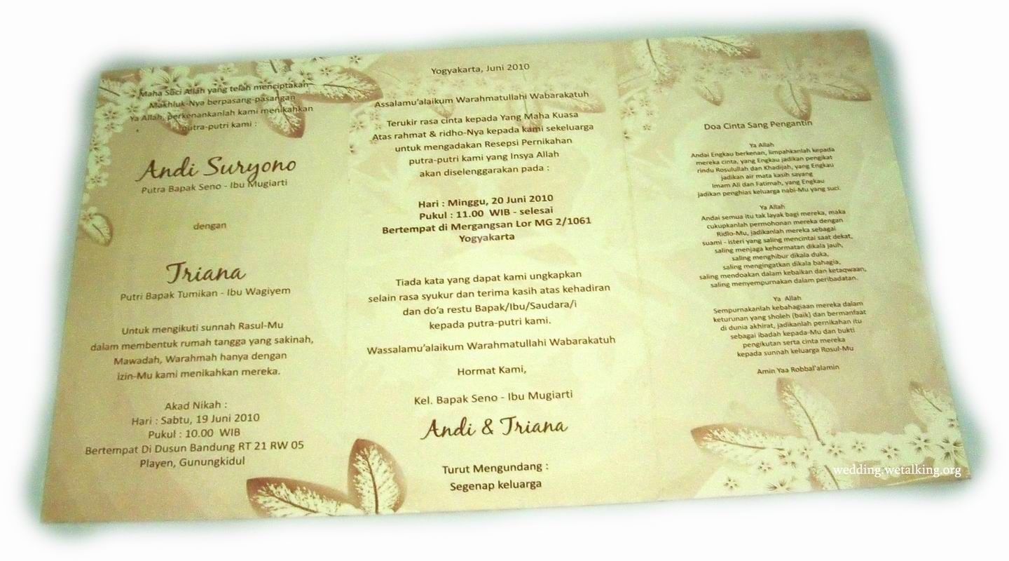 Ideas about map wedding invitation on pinterest - Map As Background Of A Wedding Invitation